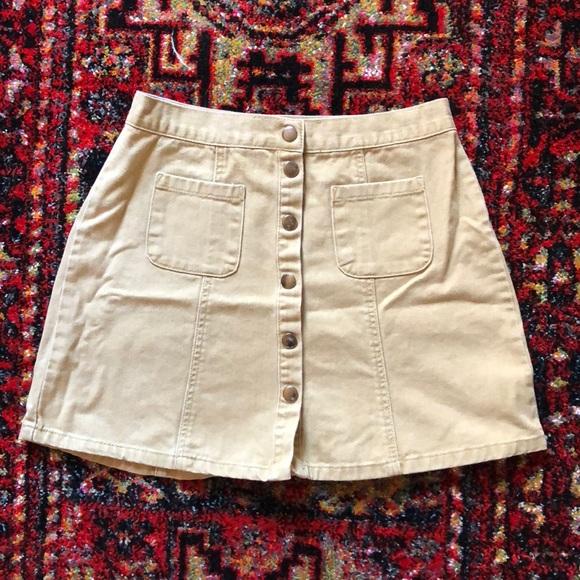 BDG Dresses & Skirts - BDG snap front skirt 🍁 tan denim 🍁 cute pockets